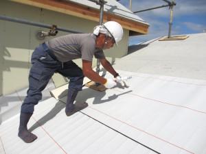 屋根診断士、一級技能士の資格を保有するプロが解決